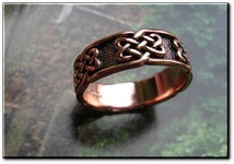 Solid copper Celtic Knot band Size 4 ring CTR628- 1/4 of an inch wide.