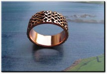 Solid copper Celtic Knot band Size 4 ring CT675 - 3/8 of an inch wide