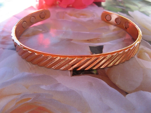 Men's 9 Inch Solid Copper Magnetic Cuff Bracelet CBM928- 3/8 of an inch wide.