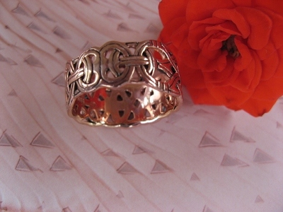 Solid copper Celtic Knot band Size 4 ring CRI573 - 3/8 of an inch wide