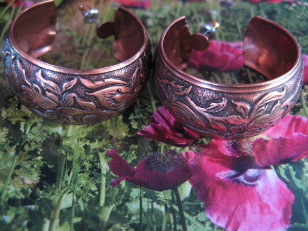 Solid Copper Hoop Earrings CE4394C03 - 1 1/4 inches in diameter