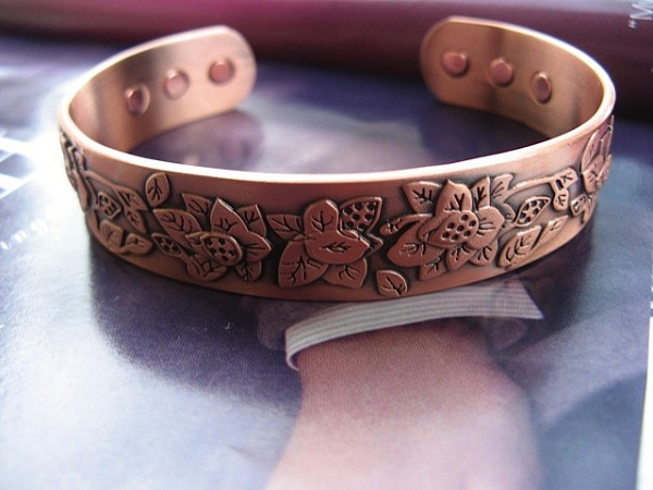 Ladies 9 Inch Solid Copper Magnetic Cuff Bracelet CBM236X- 5/8 of an inch wide.
