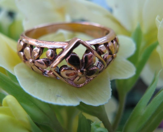 Copper Ring CR2609 Size 7 - 3/8 of an inch wide.