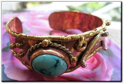 Women's 7 Inch Copper, Nickel And Brass Cuff Bracelet CB218JL - 5/8 of an inch wide.