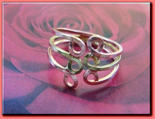 Tri - Metal  Ring CR209AR - Size 7 - 1/2 of an inch wide.