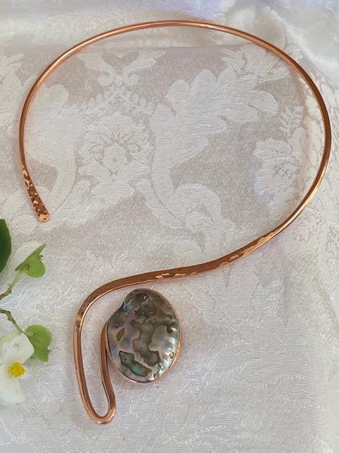 #CC105E Copper Choker with a beautiful Abalone Shell