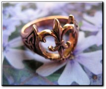 Solid copper Fleur de lis Ring #CR1172 - Size 7 - 9/16 of an inch wide.