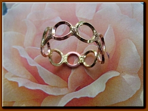 Tri - Metal  Ring CR214AR - Size 8 - 1/4 of an inch wide.