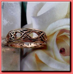 Solid copper Celtic Knot band Size 7 ring CTR3454 - 1/4 of an inch wide.