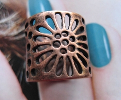 Copper Ring CR2634- Size 6 - 5/8 of an inch wide.