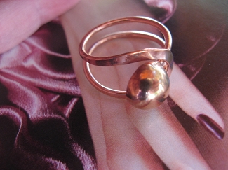 Copper Ring CR20J- Size 8 - 1/2 an inch wide.