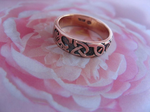 Size 9 Solid copper Celtic Knot band CTR071 -1/4 of an inch wide.