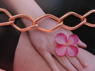 Ladies Solid Copper 7 Inch Bracelet CB617G - 7/16 of an inch wide