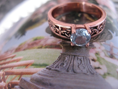 Solid copper Celtic Knot band  with Blue Topaz  stone Size 8 ring CRI1281- 3/16 of an inch wide.