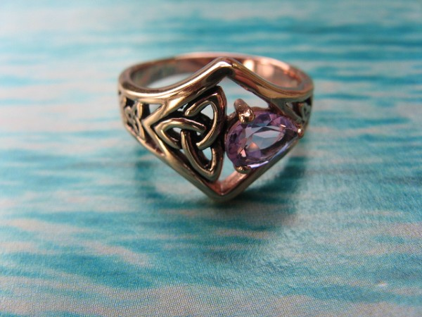 Solid Copper Celtic  Stone Band Size 6 Ring  #CRI1286 - 1/2 an inch wide.  Genuine Amethyst