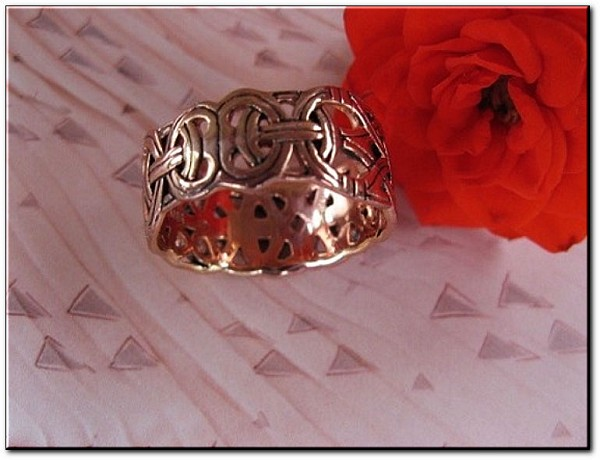 Solid copper Celtic Knot band Size 13 ring CRI573 - 3/8 of an inch wide
