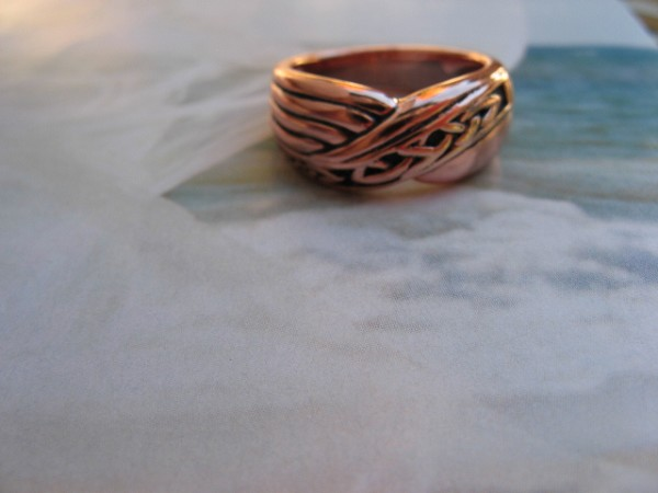 Solid copper Celtic Knot band Size 8 ring CTR3388-8  -5/16 of an inch wide.